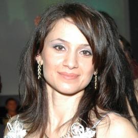 Флора Кесян